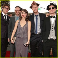 http://cdn03.cdn.justjared.com/wp-content/uploads/headlines/2013/02/the-lumineers-grammys-2013-performance-watch-now.jpg